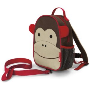 kids on leashes, baby leash, safety harness, safety backpack